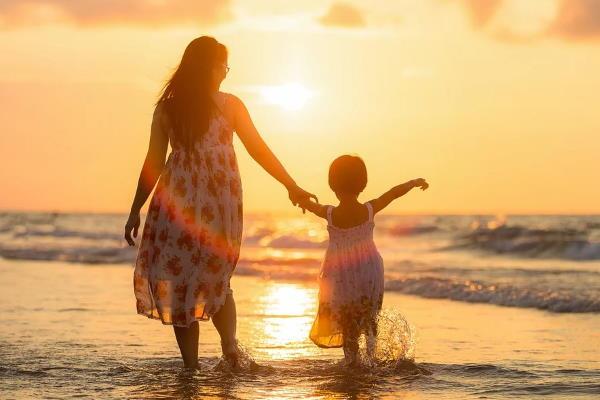 Majčin dan 2021. - datum, čestitke, stihovi i tradicija